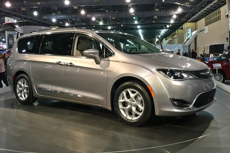2017 chrysler pacifica touring l for sale in seattle washington