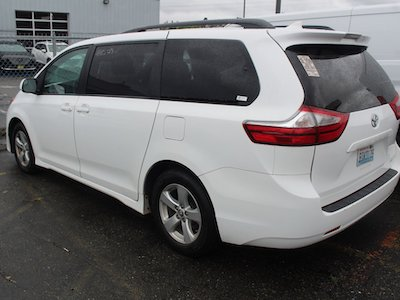 used toyota sienna minivan seattle tacoma bellevue washington